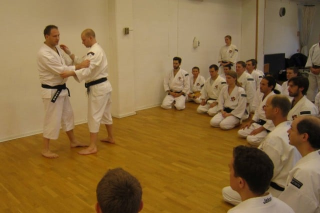 Leif-sensei teaching about different types of ashi barai