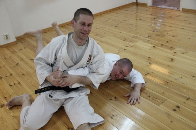 ke-sensei and Steve-sensei practice ushiro ude gatame
