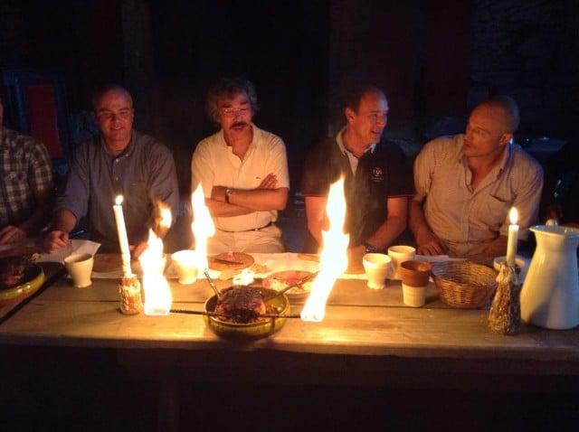Fest i medeltida miljö på Kapitelhusgården.